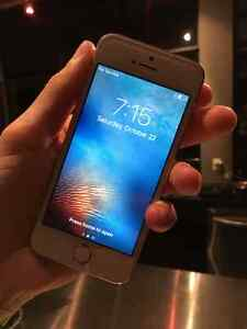 16GB iPhone 5S (Rose Gold, Telus) - Clean Software/Hardware