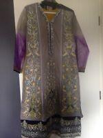 Pakistani women's 3piece suit - Asim Jofa