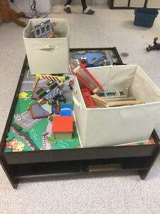 Train table with two bins of miscellaneous pieces/tracks. Kingston Kingston Area image 4