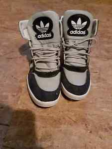 Men's size 10 Adidas high tops