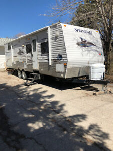 Camper/Travel Trailer Rental