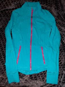 Lululemon jacket size 2