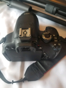 Canon E05 Rebel T4i