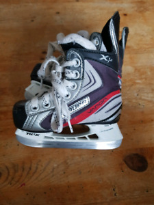 Kids Skates, Bauer Vapor X1 size Y8