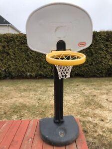 Panier de basketball pour enfants