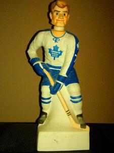 I'm looking to buy your old Toronto.hockey,baseball,football