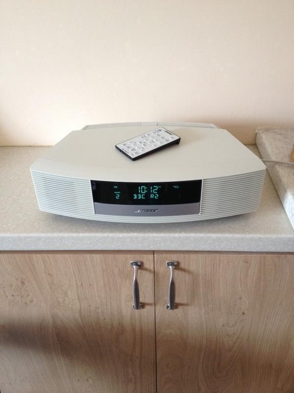bose wave radio ii in madeley shropshire gumtree. Black Bedroom Furniture Sets. Home Design Ideas