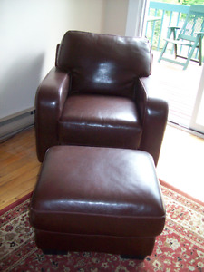 2 LOUNGE CHAIRS & ONE OTTOMAN ( 3 Pieces)