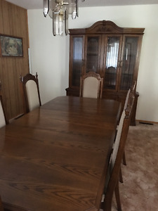 Solid Wood Dining Room Table and Matching Hutch