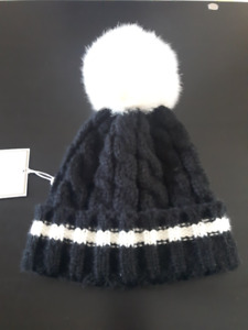 457528264a706 Shiraleah - Winter Hat with Pom Pom - Brand New