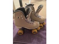 Roller boots (size 5)