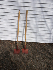 2 Roof Strippers ( used once )