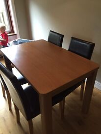 Dinning room table & 4 chairs