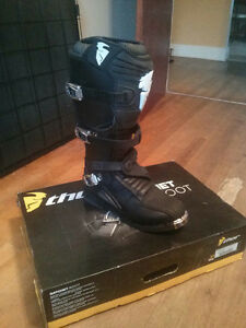 Thor S12 Ratchet dirtbike boots