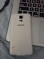NEW - Samsung Galaxy s5