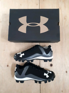 Under Armour Baseball Slo-Pitch Cleats Men's Size 8
