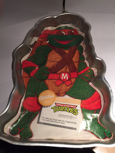 Wilton Michelangelo Teenage Mutant Ninja Turtles Cake Pan 1989