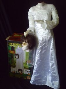 Halloween Animated Headless Bride Kawartha Lakes Peterborough Area image 2