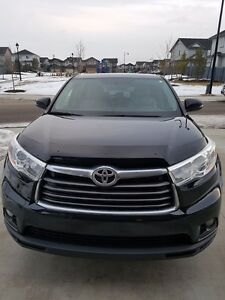 TOYOTA HIGHLANDER LE All-wheel Drive. CLEAN CARPROOF, Equipped w
