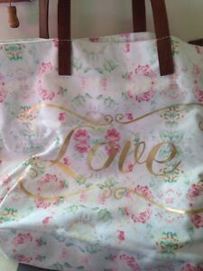 "Brand New Call It Spring Tote ""Love"" Peterborough Peterborough Area image 2"