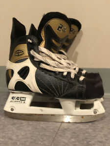 Patins CCM, 252 TACKS , pour Junior, grandeur 3-3.5