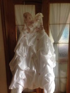 Unaltered designer gown (never worn only tried on for photos)