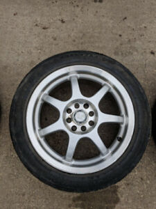 Universal bolt pattern rims with all season tires