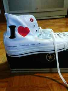 Converse Red Ht 10 50$