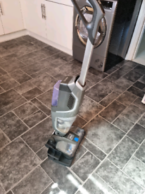 Vax onepwr cordless vacuum and cleaner