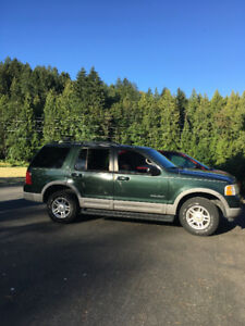 Ford Explorer 2002 XLT / car / great for camping, adventure trip