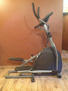 Horizon Fitness elliptical trainer