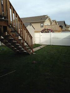 3 Bed 2 Bath Townhouse in Penhold, AB - Avail Mar 1