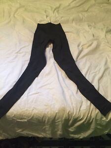 Black lulu lemon size two leggings