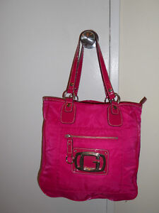 REDUCED!!! Authentic Hot Pink  GUESS purse :)