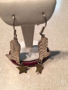 Silver cowboy boot earrings West Island Greater Montréal image 1