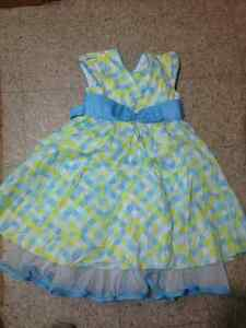 Girls cloths all differently sizes Windsor Region Ontario image 3
