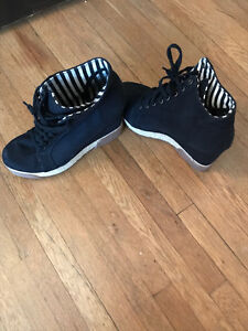 comfy black wedge shoes from aldo's