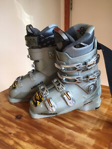 Head Ladies S10 Ski Boot $100 size 7.5
