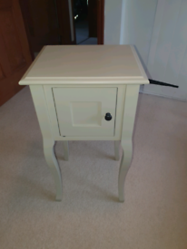 Single Bedside Table