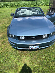 2005 Mustang GT Convertible, LOW KMs