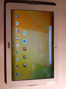 Acer Iconia One 10 - 10/10 condition