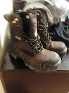 mint terra safety boots size 7 worn twice