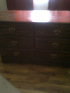 6 Drawer Dresser for sale with Mirror