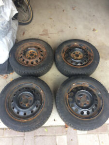 175/65 R14 82T Standard Load Winter Tires (Negotiable)