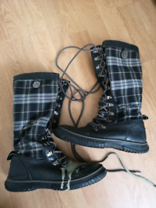 Free. Pajar winter boots ladies size 8.
