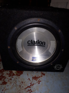 Clarion 400W subwoofer and box