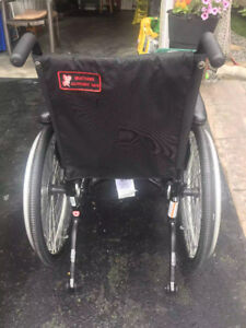 Wheel chair Almost new Helio A7