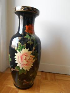 Vase a fleur motifs exotiques