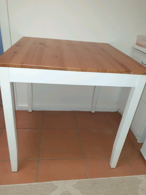 Small Table Dining Tables Gumtree Australia Lake Macquarie Area