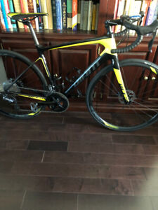 2018 Giant DEFY ADVANCED 1 Tubeless new price April 24th